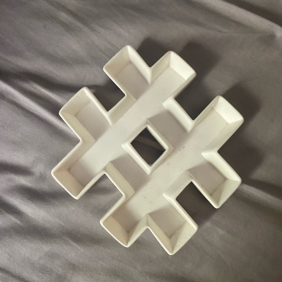 Claire's Other - Hashtag jewelry tray